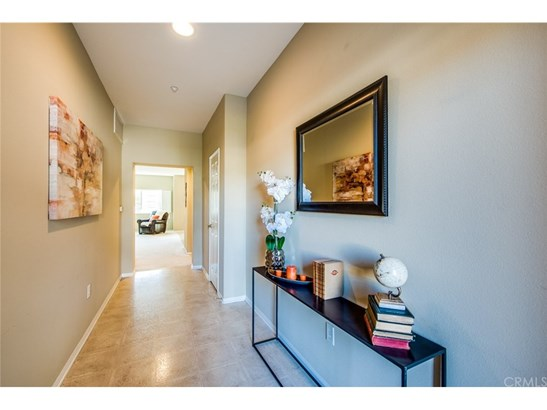 Condominium, Contemporary,Modern,Spanish - Fountain Valley, CA (photo 2)