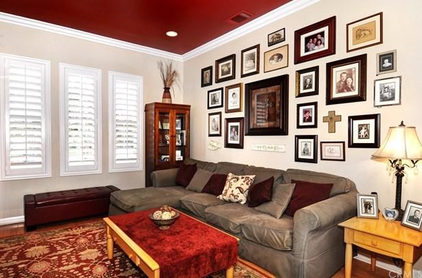 Single Family Residence, Spanish - Huntington Beach, CA (photo 4)