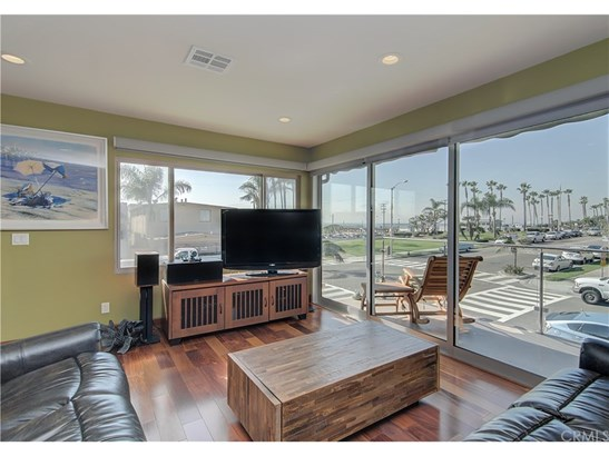 Residential Income - Seal Beach, CA (photo 5)