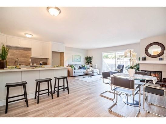 Condominium - Anaheim, CA (photo 2)