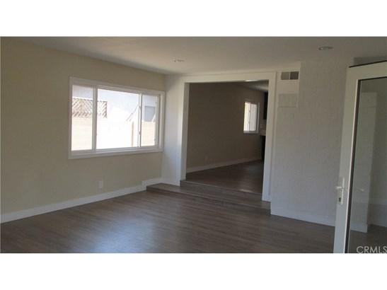 Single Family Residence - Huntington Beach, CA (photo 5)