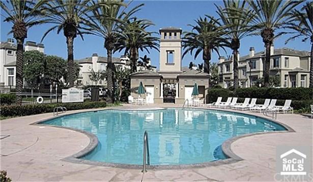 Mediterranean, Condominium - Huntington Beach, CA (photo 4)