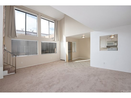 Condominium - Santa Ana, CA (photo 2)