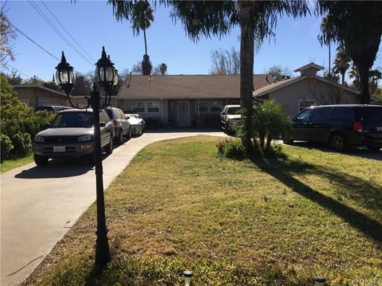 Single Family Residence, Traditional - Riverside, CA (photo 1)