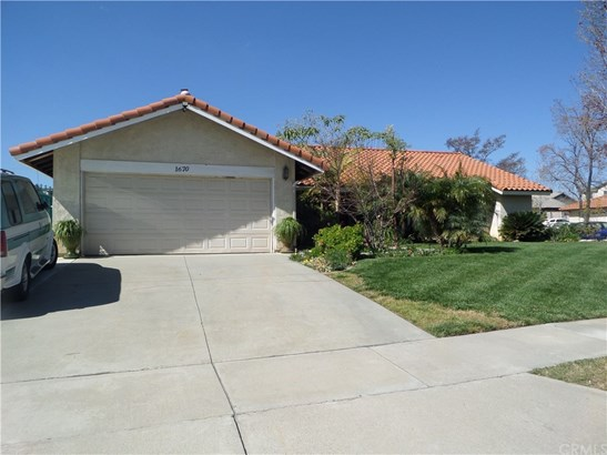 Single Family Residence - Rialto, CA (photo 3)