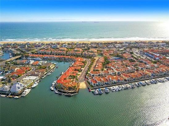 Mediterranean, Condominium - Huntington Beach, CA (photo 1)