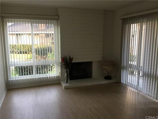 Single Family Residence - Westminster, CA (photo 4)
