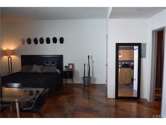 Condominium - San Pedro, CA (photo 2)