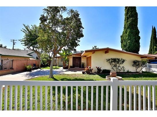 Single Family Residence, Modern - Anaheim, CA (photo 3)