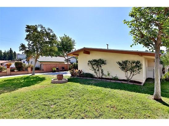 Single Family Residence, Modern - Anaheim, CA (photo 5)