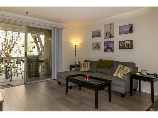 Condominium, Cape Cod - Huntington Beach, CA (photo 5)
