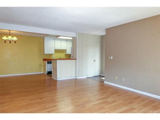 Condominium - Santa Ana, CA (photo 3)