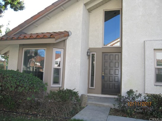 Mediterranean, Single Family Residence - Huntington Beach, CA (photo 2)