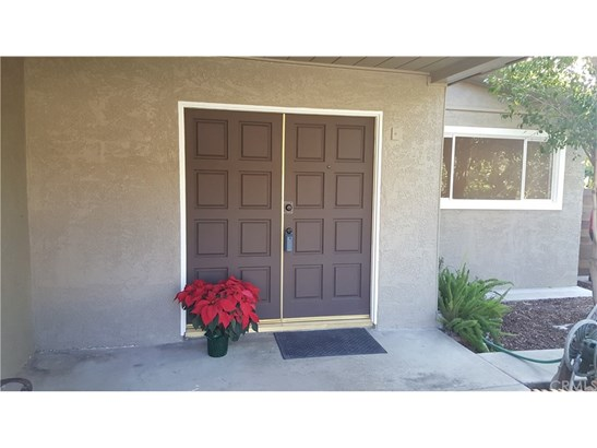 Single Family Residence, Contemporary - Highland, CA (photo 2)