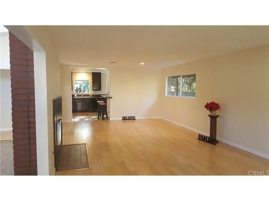 Single Family Residence, Contemporary - Highland, CA (photo 3)