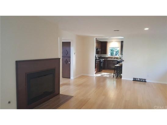 Single Family Residence, Contemporary - Highland, CA (photo 4)