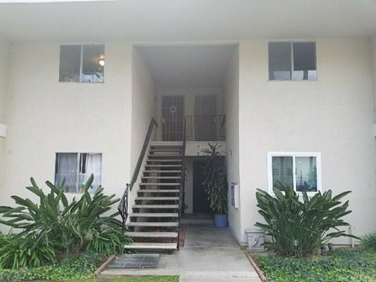 Condominium - Fullerton, CA (photo 2)