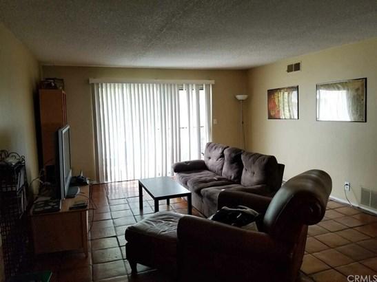 Condominium - Fullerton, CA (photo 3)