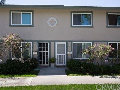 Condominium, Contemporary - Huntington Beach, CA (photo 1)