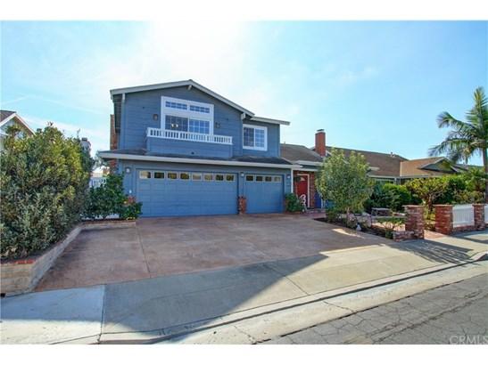 Cape Cod, Single Family Residence - Huntington Beach, CA (photo 2)