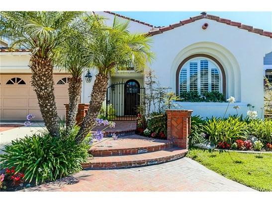 Single Family Residence, Colonial,Contemporary,Craftsman - Huntington Beach, CA (photo 3)
