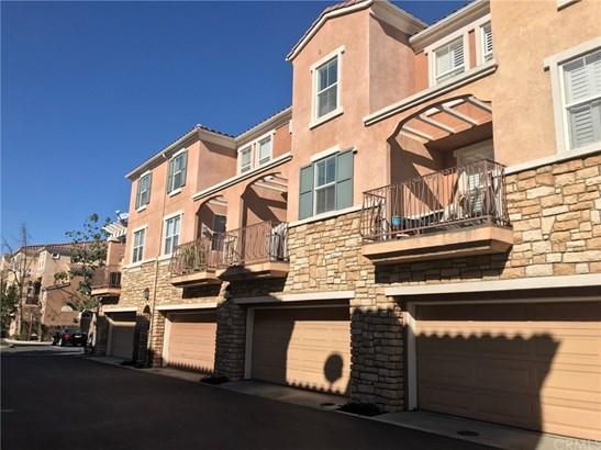 Condominium - Irvine, CA (photo 2)