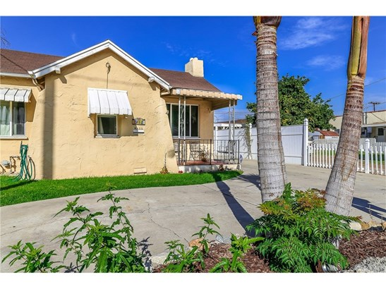 Single Family Residence, Spanish - La Habra, CA (photo 1)