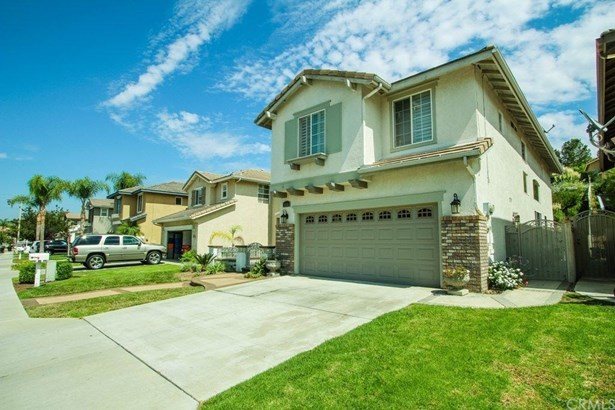 Single Family Residence - Anaheim Hills, CA (photo 2)