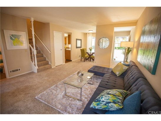 Townhouse, French - Costa Mesa, CA (photo 1)
