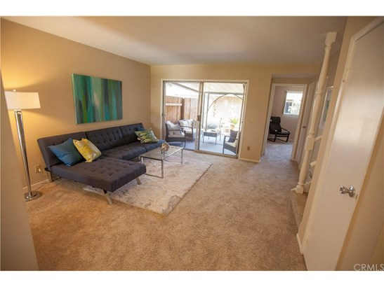 Townhouse, French - Costa Mesa, CA (photo 2)