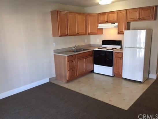 Apartment - Costa Mesa, CA (photo 4)