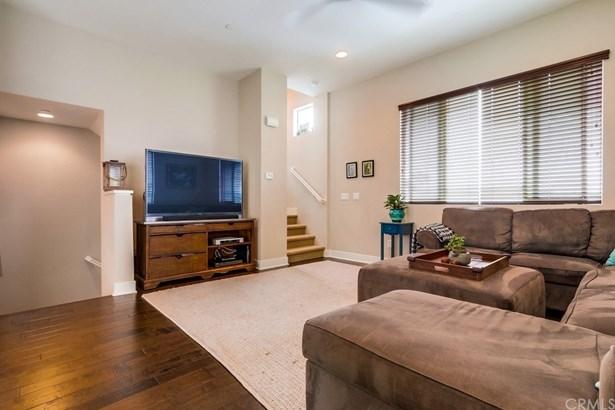 Single Family Residence - Costa Mesa, CA (photo 3)