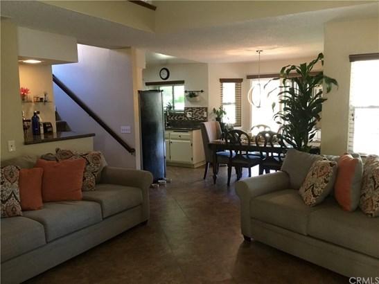 Single Family Residence - Moreno Valley, CA (photo 2)