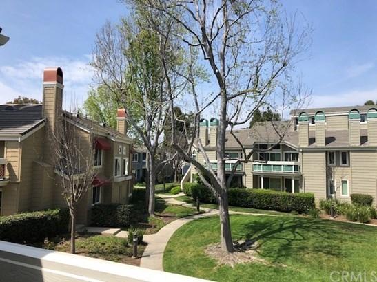 Condominium, Cape Cod - Huntington Beach, CA (photo 2)
