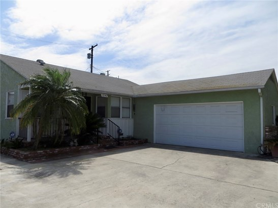 Single Family Residence, Traditional - Downey, CA (photo 4)