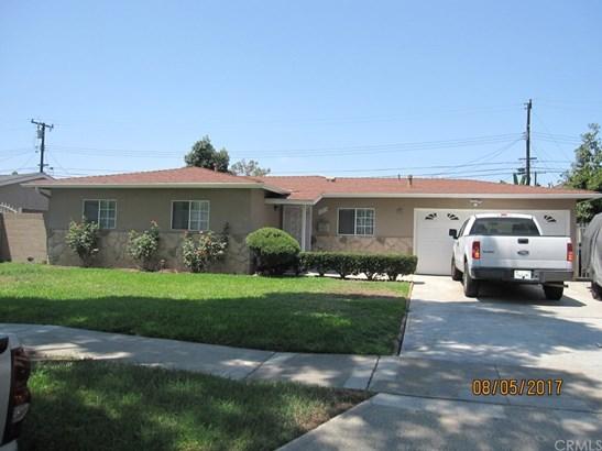 Single Family Residence, Bungalow - Santa Ana, CA (photo 2)