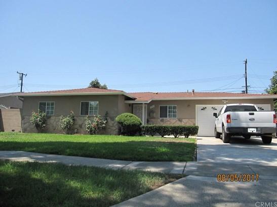 Single Family Residence, Bungalow - Santa Ana, CA (photo 3)
