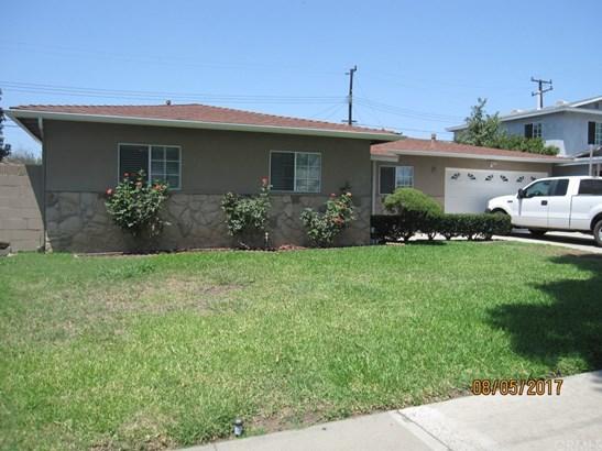 Single Family Residence, Bungalow - Santa Ana, CA (photo 5)