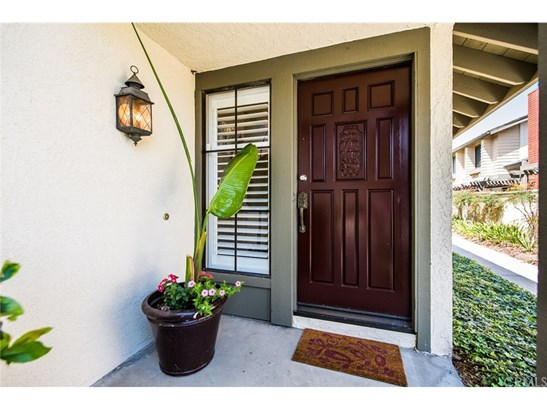 Contemporary,Modern, Single Family Residence - Fountain Valley, CA (photo 2)