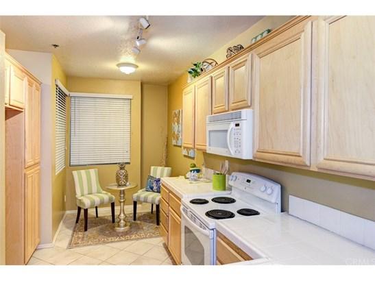 Condominium, Contemporary - Huntington Beach, CA (photo 5)