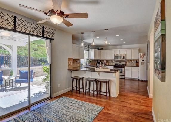 Single Family Residence - Chino Hills, CA (photo 4)