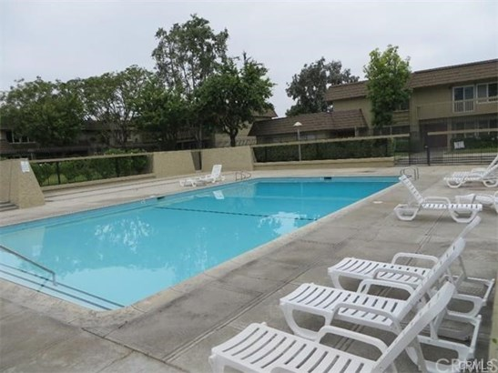 Rooms for Rent - Fountain Valley, CA (photo 2)