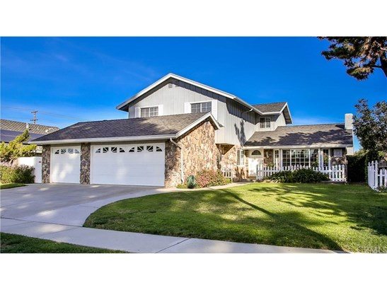 Single Family Residence, Traditional - Placentia, CA (photo 3)