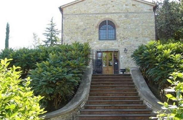 75, Di Starniano Street, Sesto Fiorentino - ITA (photo 1)
