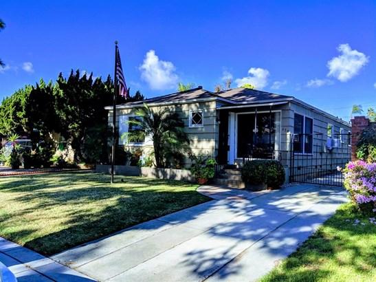 Detached - Coronado, CA