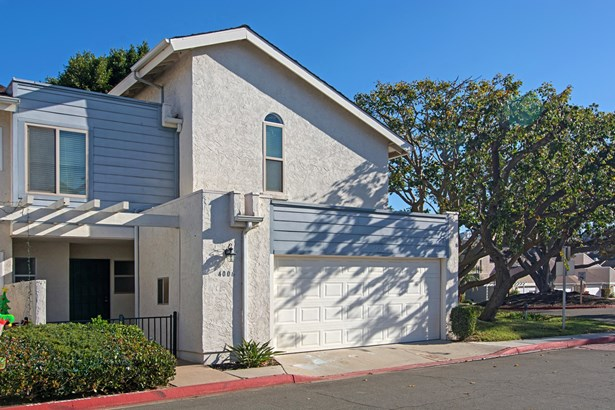 Townhome - San Diego, CA (photo 3)