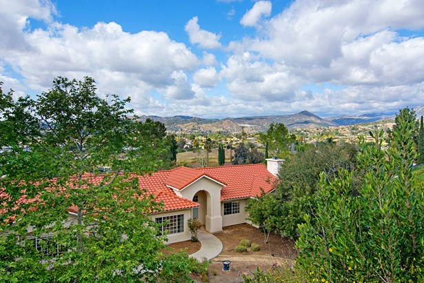 Ranch, Detached - Escondido, CA (photo 1)