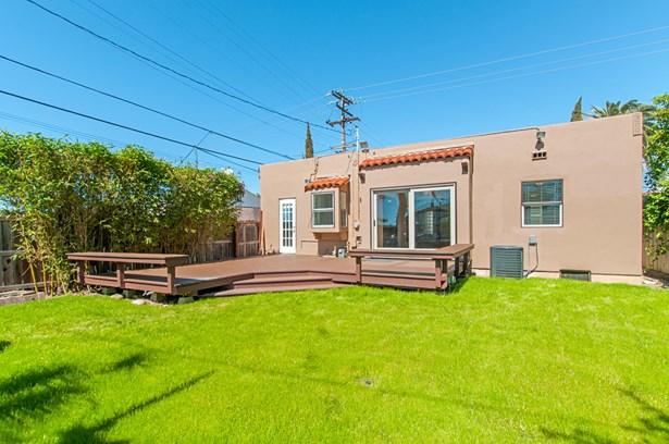 Detached, Mediterranean/Spanish - San Diego, CA (photo 3)