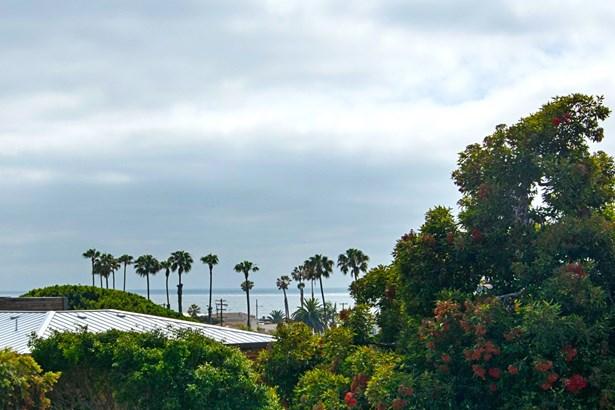 Detached - San Diego, CA (photo 5)