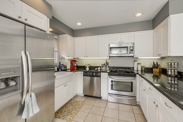Res Income 2-4 Units - Solana Beach, CA (photo 4)